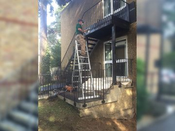 Fire-Escape-Cleaning-&-Painting02