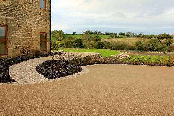 resin bound driveway for commercial building